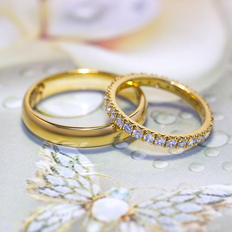 Кольца-из-лимонного-золота-с-бриллиантами