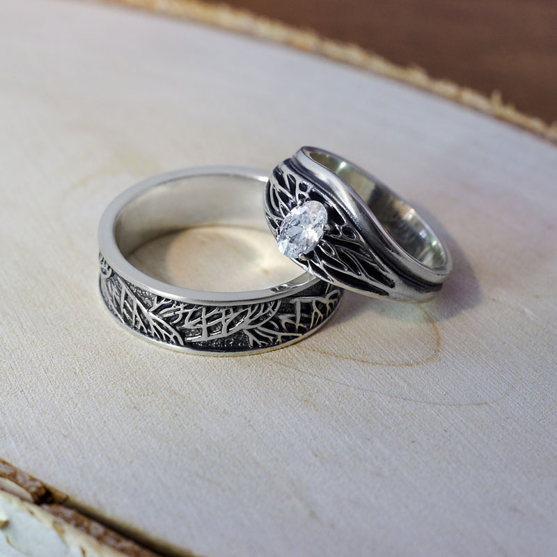 Кольца-мз-серебра-с-рисунком