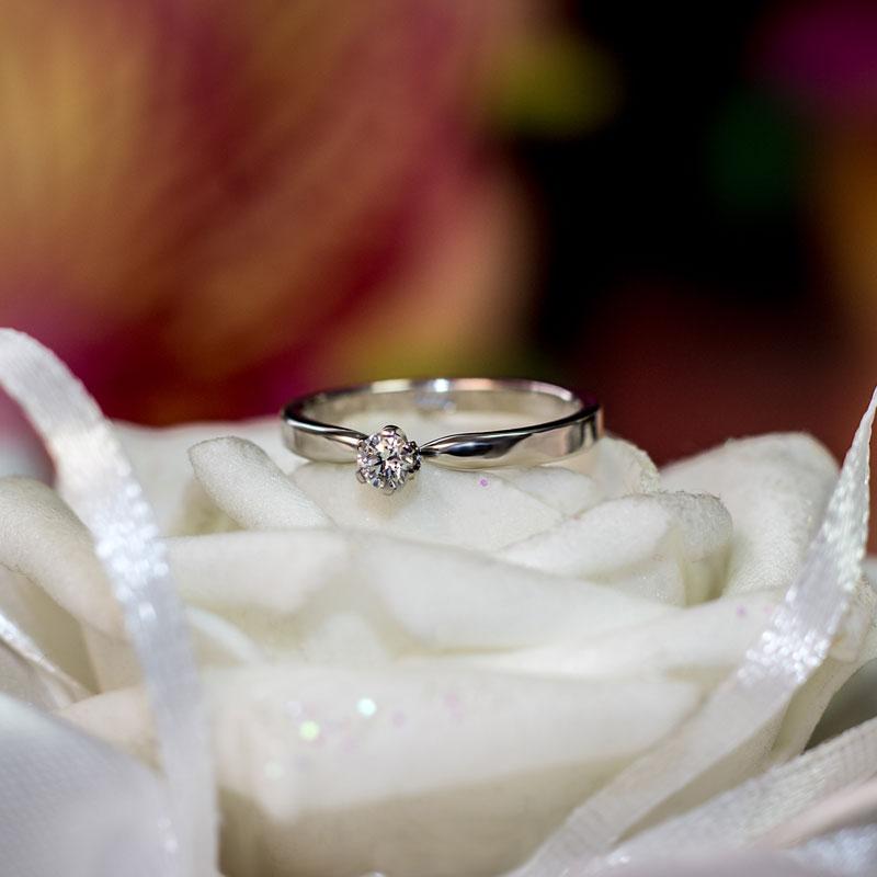 Кольцо-помолвочное-из-белого-золота-(1)