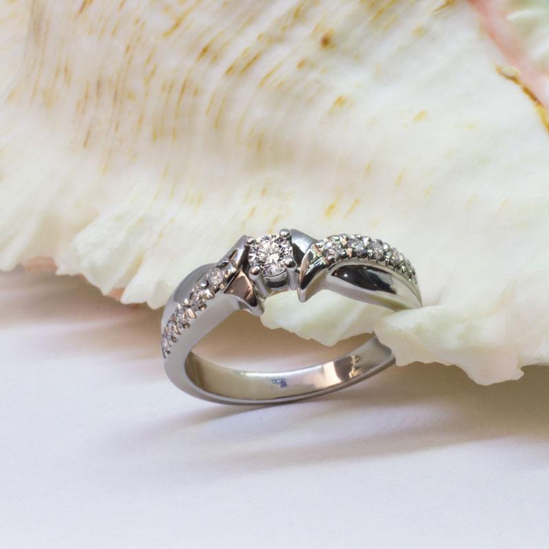 Кольцо-с-бриллиантами